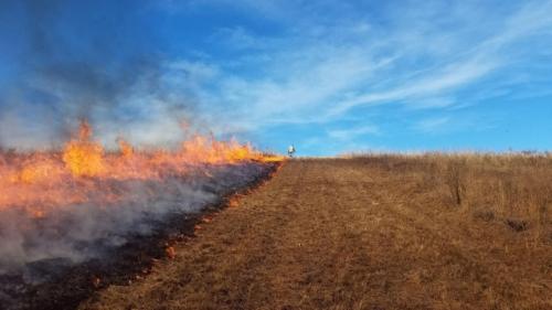 Prescribed burn at Linden's Prairie Jerod Huebner